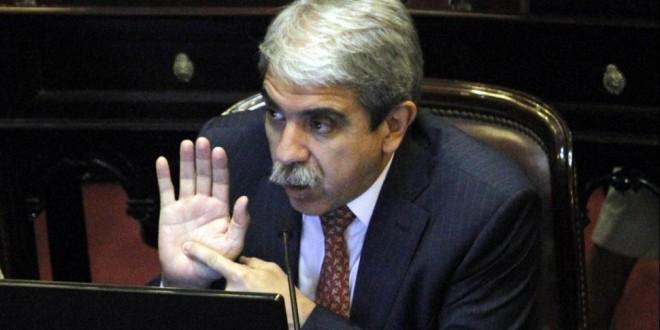 Aníbal Fernández se excusó de juzgar al jefe de Gabinete, Jorge Capitanich