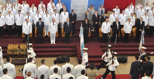 Ceremonia de egreso de oficiales en el Colegio Militar de la Nación