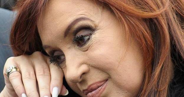 Cristina Kirchner suspendió el viaje al Vaticano junto a Bachelet