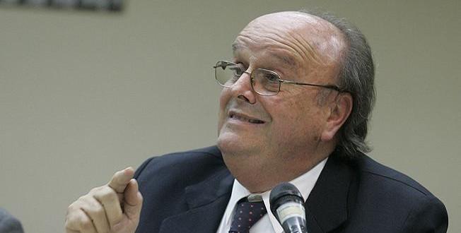 """De Mendiguren criticó a economistas de Cambiemos y pidió que los candidatos sean """"claros"""" en el debate"""
