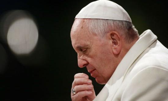 Francisco pidió por los enfermos de ébola