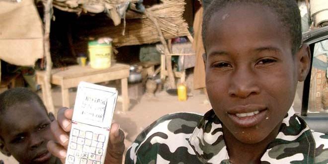 Hay más gente en el mundo con teléfonos celulares que con inodoros, según la OMS