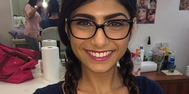 Mia Khalifa le pide perdón a su pueblo por haber tenido relaciones con un israelí
