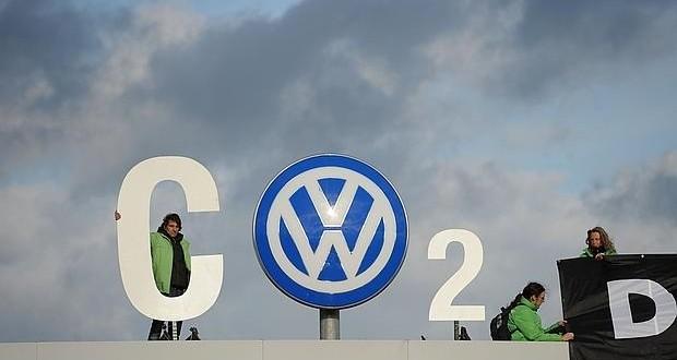 Alemania dice que hay más marcas además de Volkswagen que emiten más gas de lo permitido