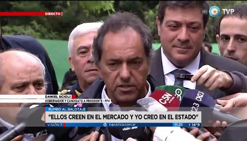 """Scioli, en el cierre de campaña: """"Yo creo en el Estado"""""""