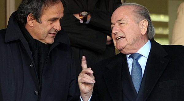 "Joseph Blatter : ""Platini me pidió tomar un whisky y exigió mi renuncia"""