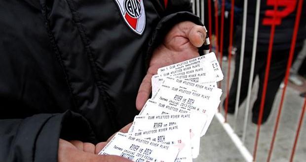 Se agotaron las entradas para el superclásico en 90 minutos