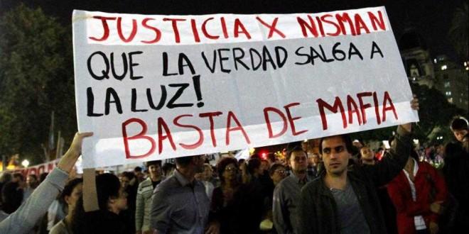 """Los fiscales federales convocaron a una """"marcha de silencio"""" por Nisman"""