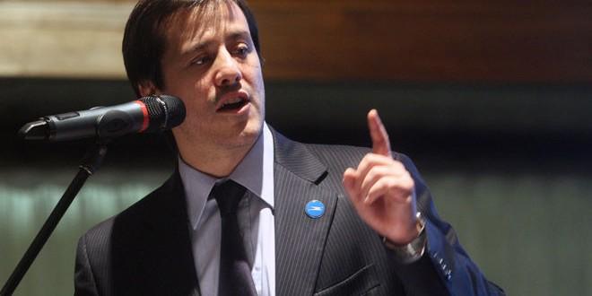"""Recalde: """"El resultado de Santa Fe nos da confianza para encarar la campaña con la misma impronta"""""""