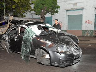 Volcó un auto en La Paternal, 1 muerto
