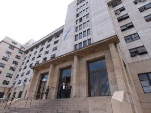 Tribunales: denuncian a un funcionario por acoso sexual