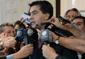 Capitanich dijo que la semana próxima se comenzará a negociar con Repsol precio e instrumentos de pago