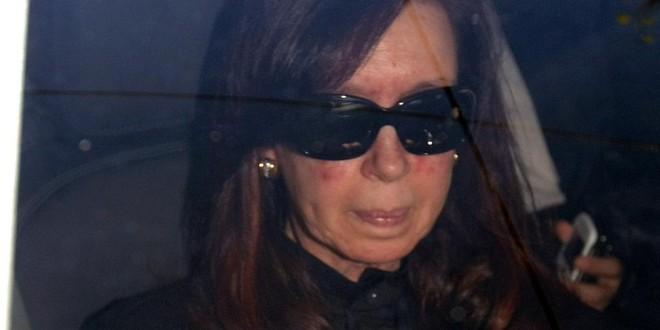 Mientras Cristina se recupera, instalan Cablevisión y Fibertel en Olivos