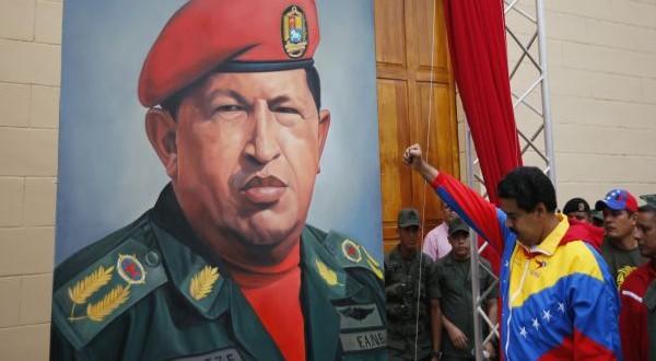 """Maduro decreta el """"Día de la lealtad y amor a Chávez"""""""