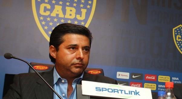"""Angelici : """"Con el plantel que tiene, Boca debería ser líder hace tiempo"""""""