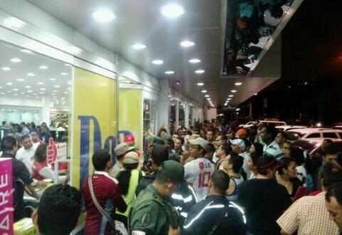 """Maduro tomó la cadena de electrodomésticos Daka, detuvo a gerentes y pidió """"que no quede nada"""""""