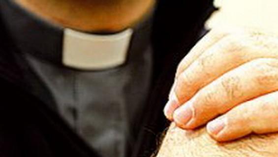 Balean a un sacerdote mendocino que estaba en compañía de una prostituta