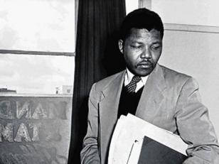 Acontecimientos cruciales en la vida de Nelson Mandela