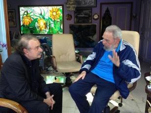 Reapareció Fidel Castro
