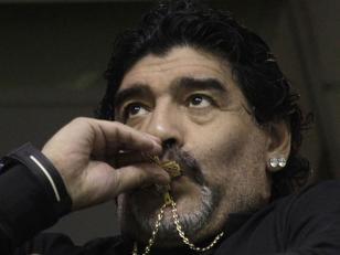 Maradona pidió que Tévez está en la Selección Argentina