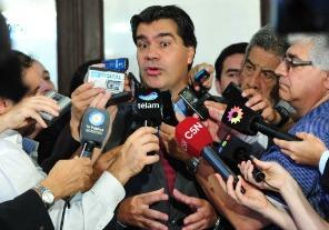Jorge Capitanich : No se ha tomado ninguna decisión sobre subsidios