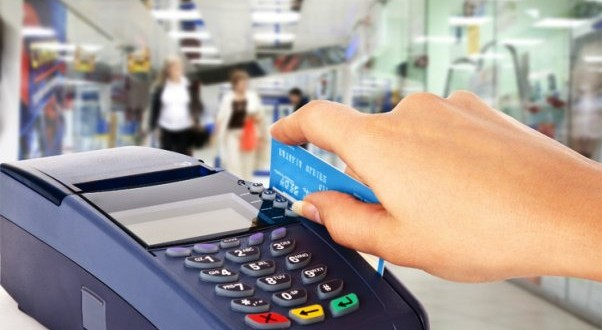 Con qué recargo se pagaran las compras con tarjeta de crédito que aún no fueron canceladas