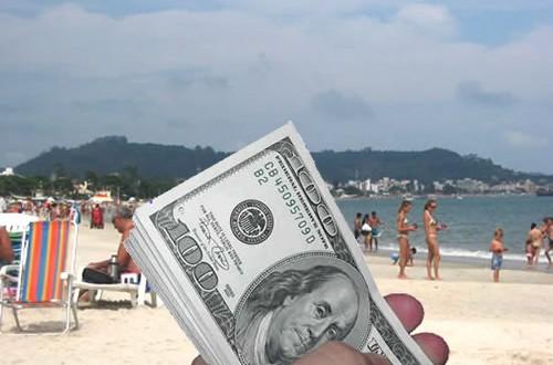 """Capitanich: """"Hay un drenaje de divisas que se da a través de operaciones de turismo"""""""