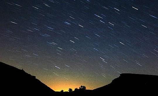 Hoy y mañana habrá lluvia de meteoros en el cielo