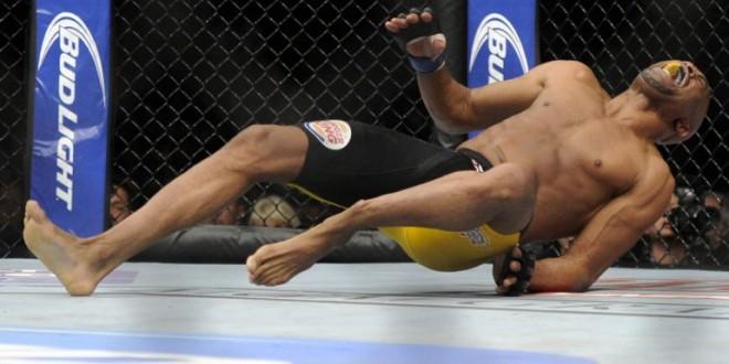 impresionante fractura de Anderson Silva que lo obligaría a retirarse de la UFC