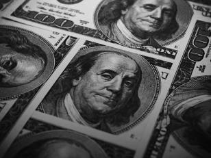 Continúa la devaluación del peso