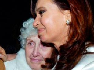 Cristina visitó a su madre al Sanatorio Otamendi