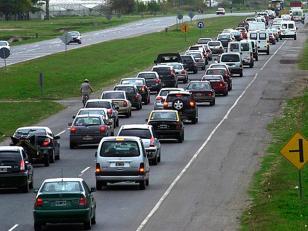 Más de 2.000 autos por hora hacia la Costa