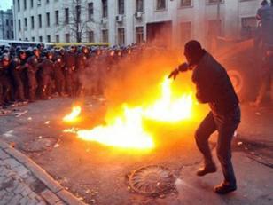 Papa Francisco pide fin de la violencia en Ucrania