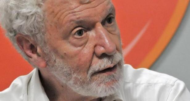 """Carlos Gabetta: """"Uno va a Chile o Uruguay y cree estar en Suecia"""""""