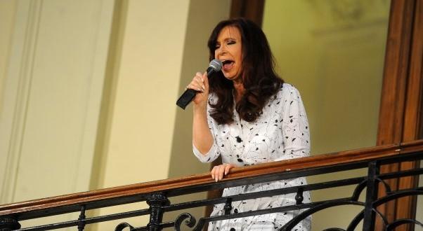 """Cristina: """"El viernes salimos para Cuba para ir a la Celac"""""""