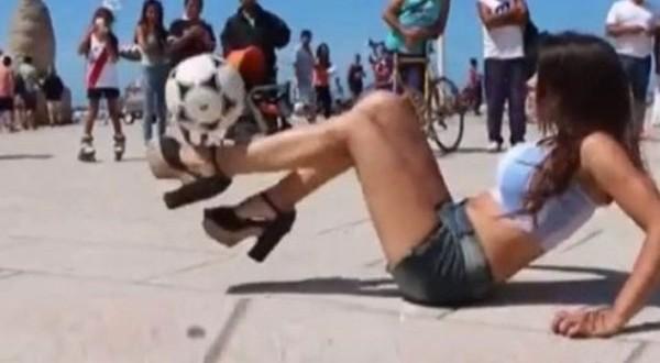 Video: Fiorella Castillo, la modelo que hace jueguito con tacos