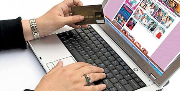 Nuevo cepo: Habrá que completar un formulario de AFIP para las compras en páginas del exterior