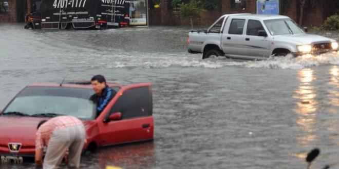 Recomiendan precaución por lluvias en accesos a la Ciudad