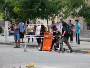 Incidentes por suba de boleto de colectivo en Córdoba: 7 detenidos y 5 policías heridos