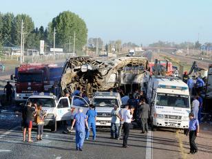 """Denunciaron al chofer del camión por """"borracho"""" pero desestimaron su relato"""