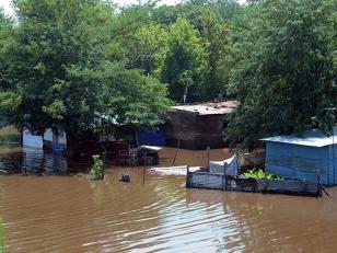 Más de 250 evacuados por el desborde del Río Luján en Pilar