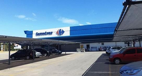 Carrefour seguirá cerrado los domingos