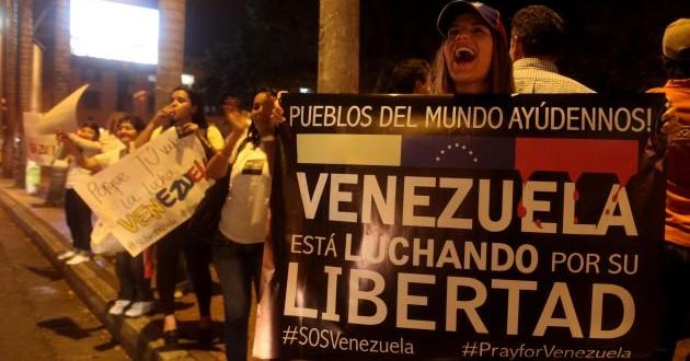 La Constitución de Venezuela avala cualquier protesta de la oposición
