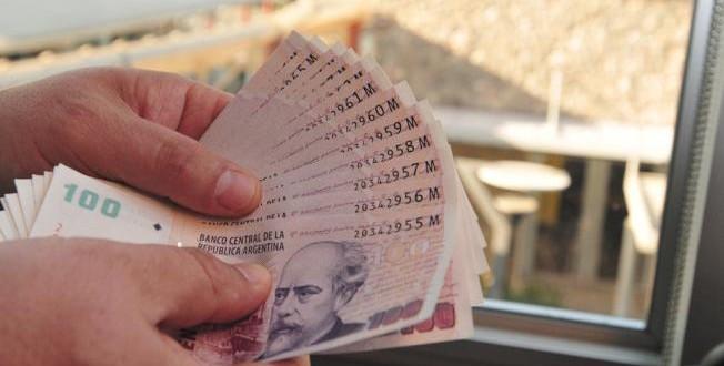 Los depósitos totales en pesos crecieron 27,4% en 2013