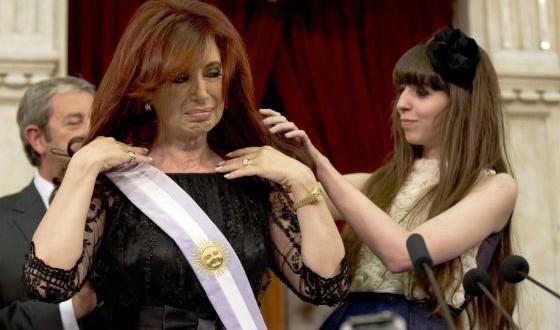 """Florencia Kirchner: """"Mamá, volvamos a casa"""""""