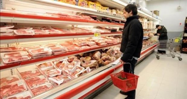 Advierten a los supermercados para que bajen los precios de la carne