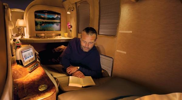 Video: Así es la primera clase en el A380 de Emirates 2