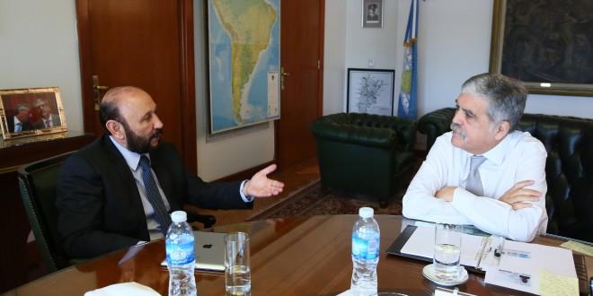 De Vido e Insfrán firmaron un acuerdo de estabilización de las tarifas eléctricas