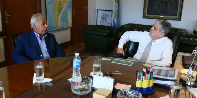 Firman acuerdo con Córdoba por obras para distribución eléctrica