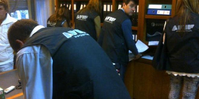 Por pedido de la AFIP la Justicia allanó domicilios de los dueños del local Sobremonte y se extiende su clausura